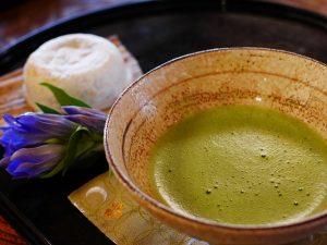 La façon de boire du thé matcha - Jaimecomparer